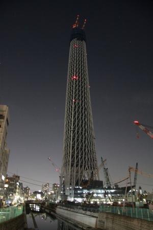 東京スカイツリー現在338m 夜19時撮影