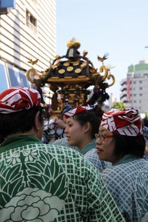 三社祭り御輿